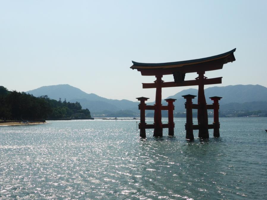 Miyajima & Hiroshima – 宮島 &広島